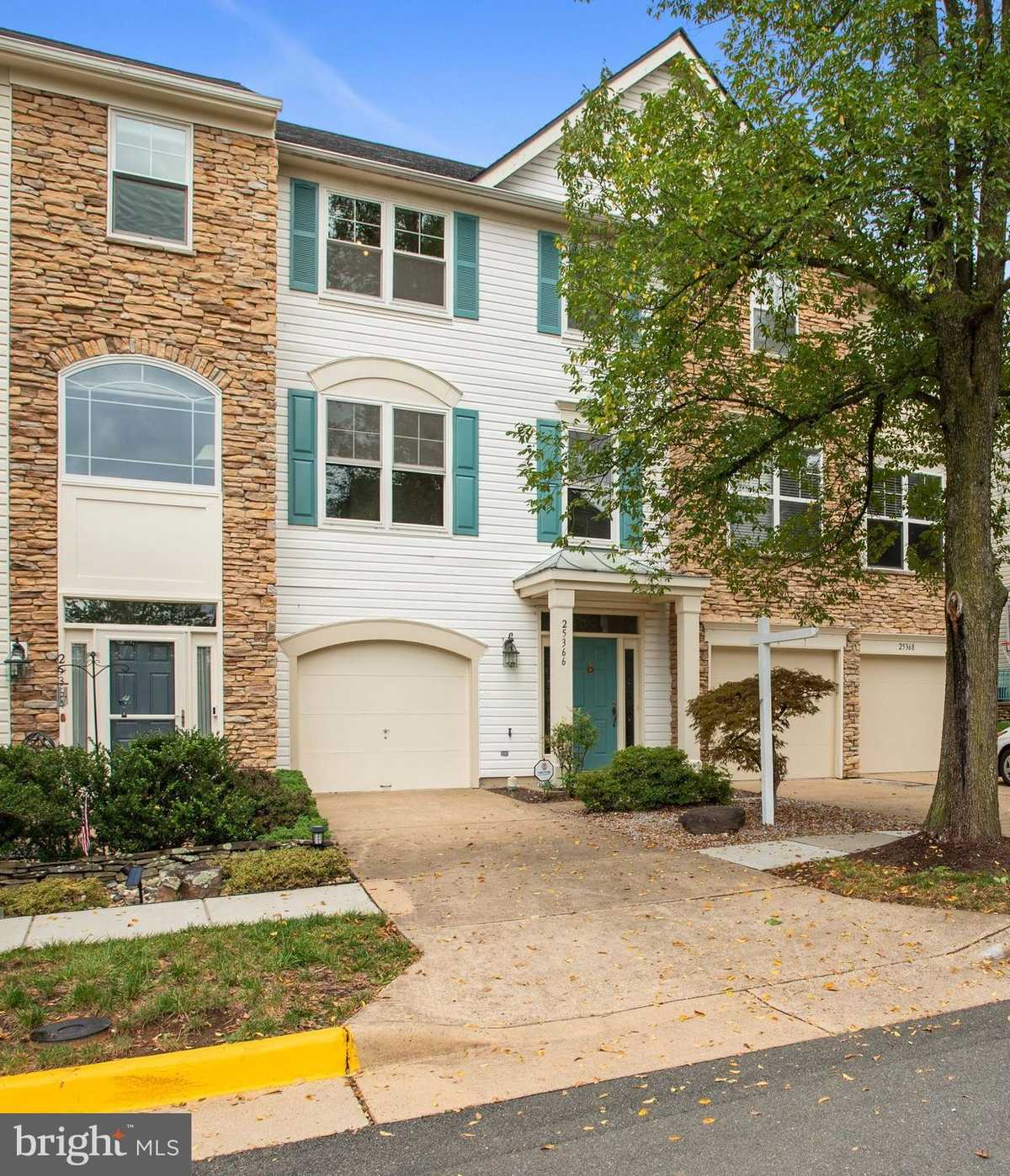 $499,990 - 3Br/4Ba -  for Sale in South Riding, Chantilly