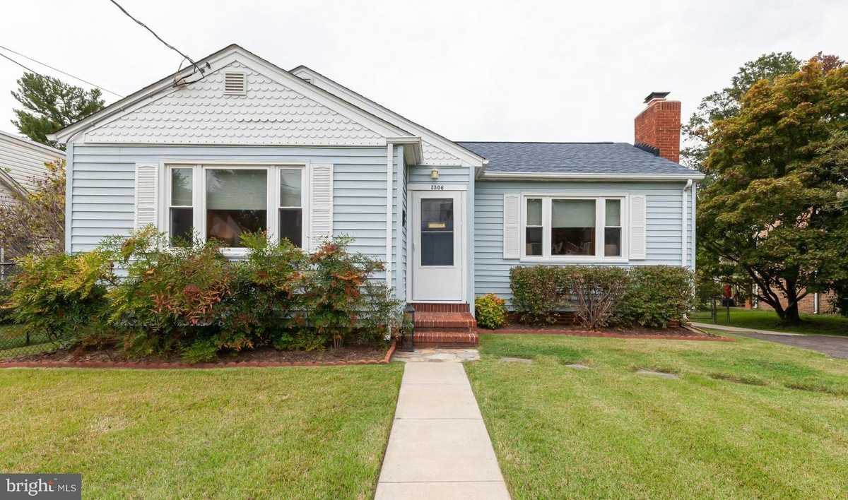 $645,000 - 4Br/2Ba -  for Sale in Valley View, Alexandria