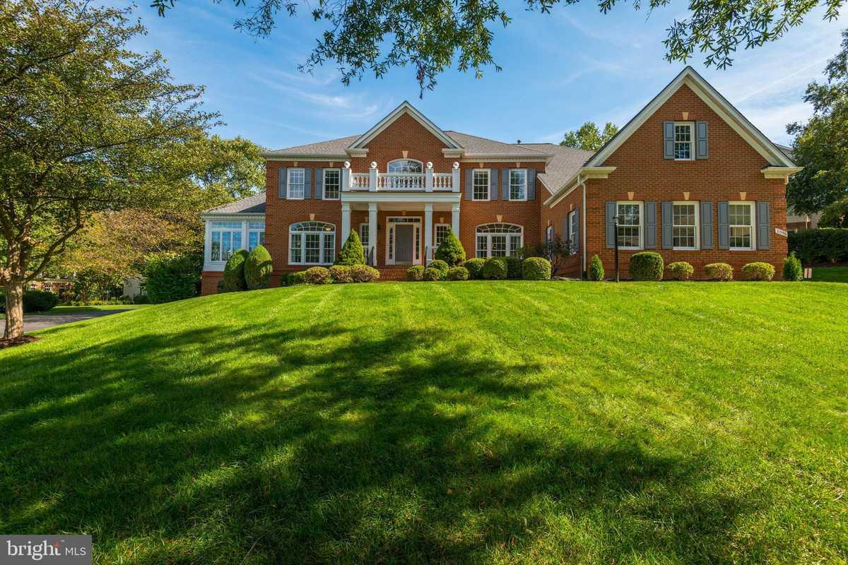 $1,200,000 - 5Br/6Ba -  for Sale in Cedar Chase, Herndon