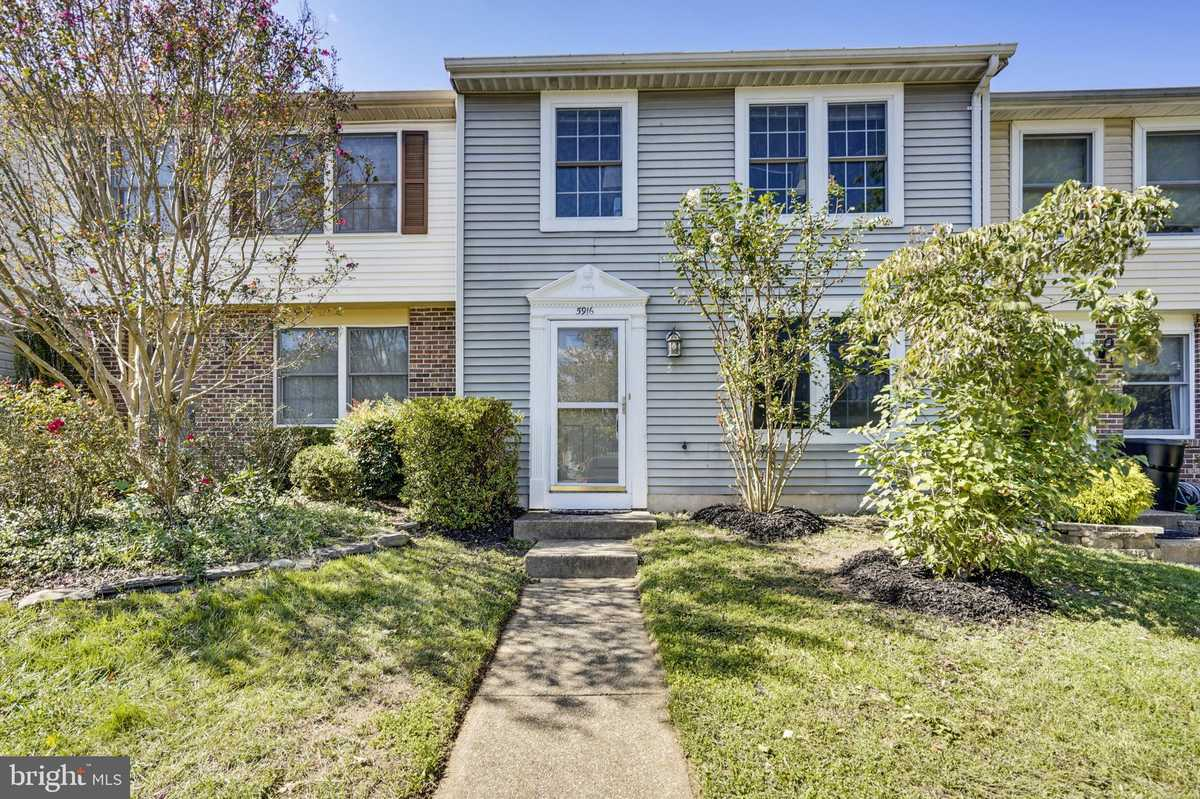 $385,000 - 3Br/3Ba -  for Sale in Little Rocky Run, Centreville