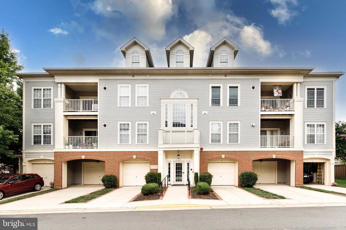 $379,900 - 2Br/3Ba -  for Sale in Westbrook Court, Fairfax