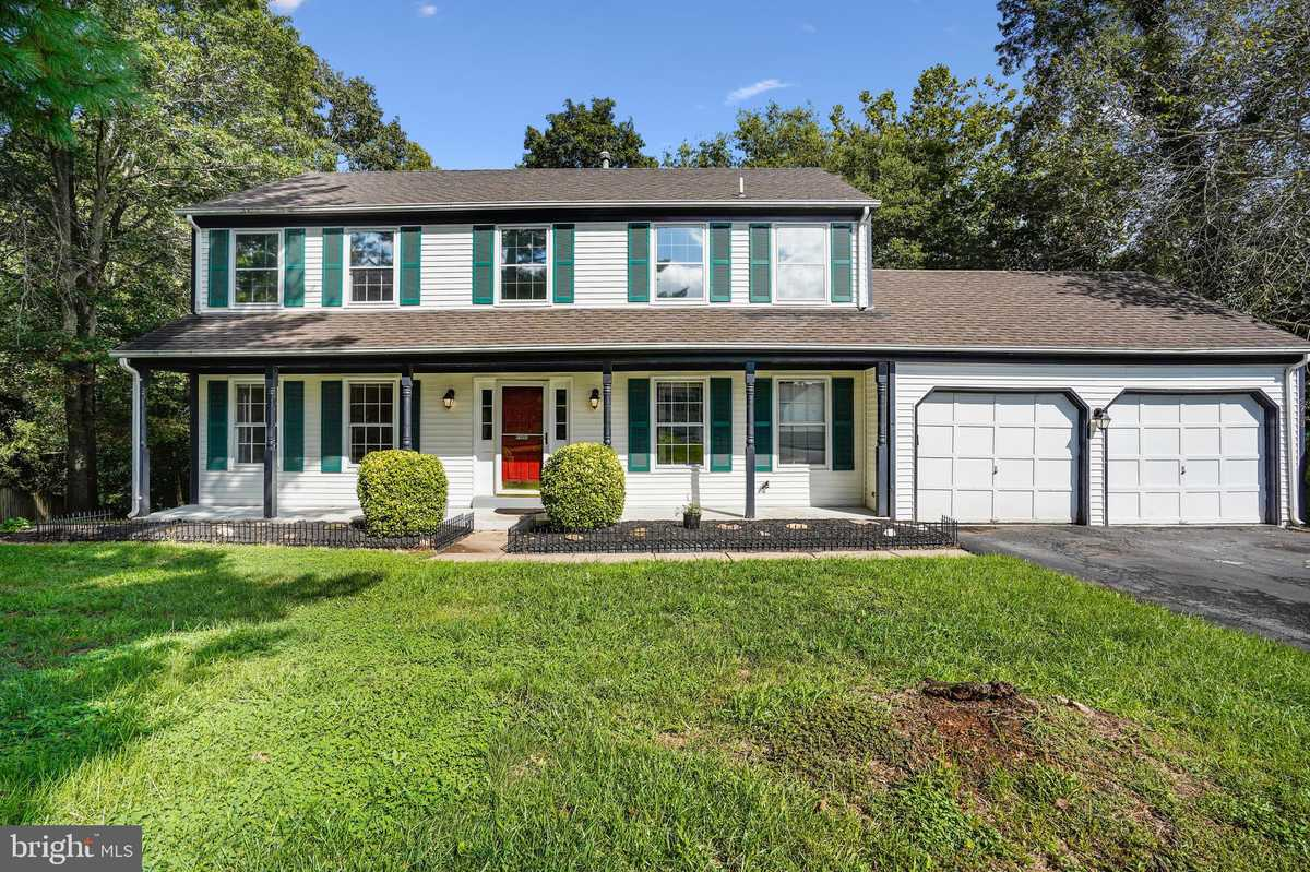 $650,000 - 4Br/4Ba -  for Sale in Rocky Run, Centreville