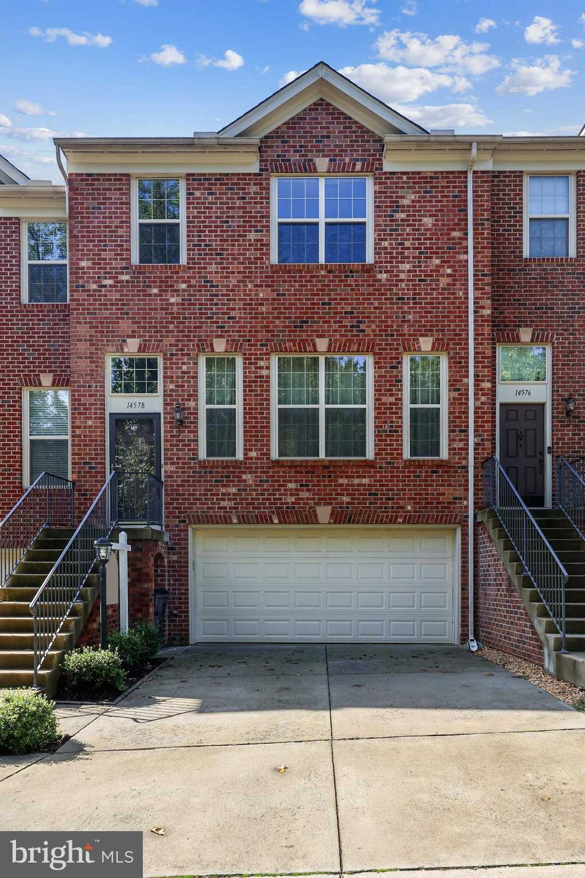 $639,900 - 4Br/4Ba -  for Sale in The Courts At Riverwind, Centreville