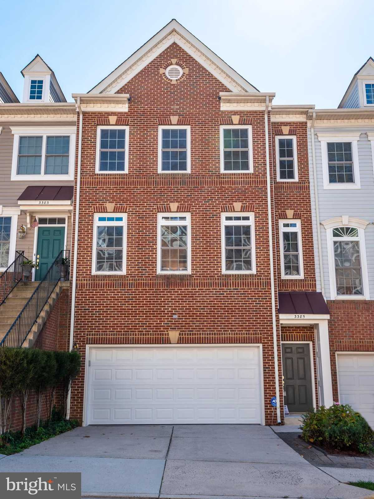 $550,000 - 3Br/4Ba -  for Sale in Holly Acres, Alexandria