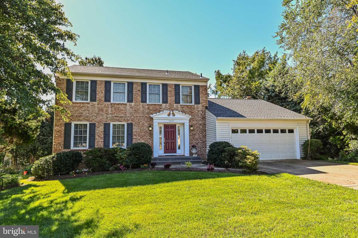 $770,000 - 4Br/4Ba -  for Sale in Signal Hill, Burke