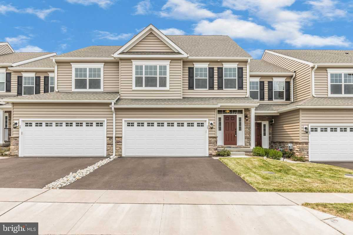 $559,574 - 3Br/3Ba -  for Sale in Enclave At Ridgewood, Royersford