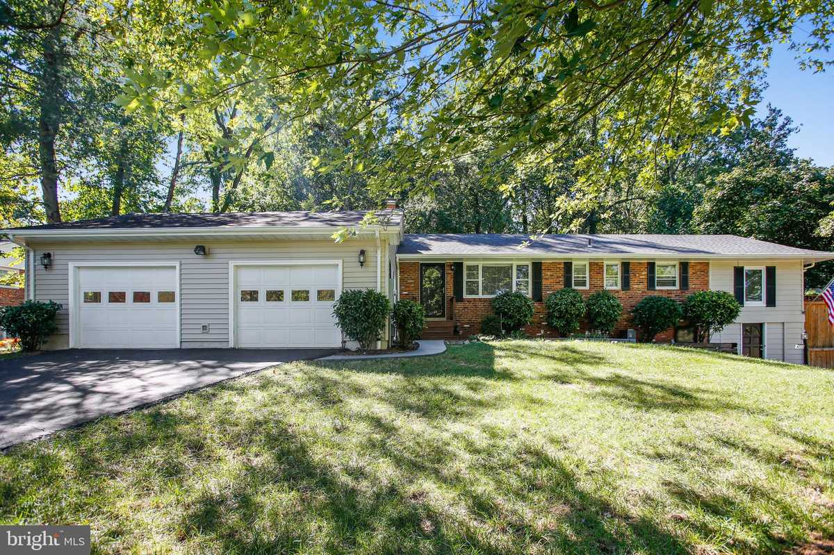 $629,000 - 4Br/3Ba -  for Sale in Clermont, Alexandria