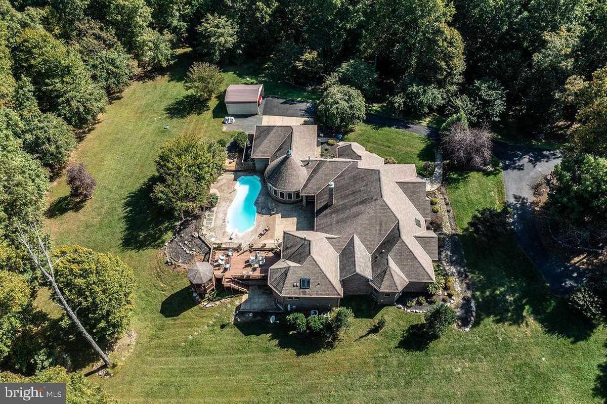 $1,399,900 - 6Br/7Ba -  for Sale in Grand Garden Estates, Stafford