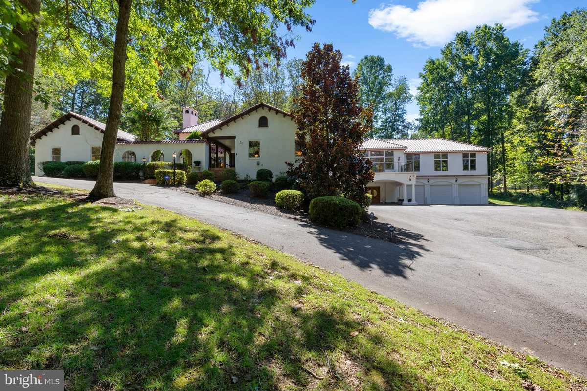 $1,995,000 - 5Br/8Ba -  for Sale in Peacock Station, Mclean