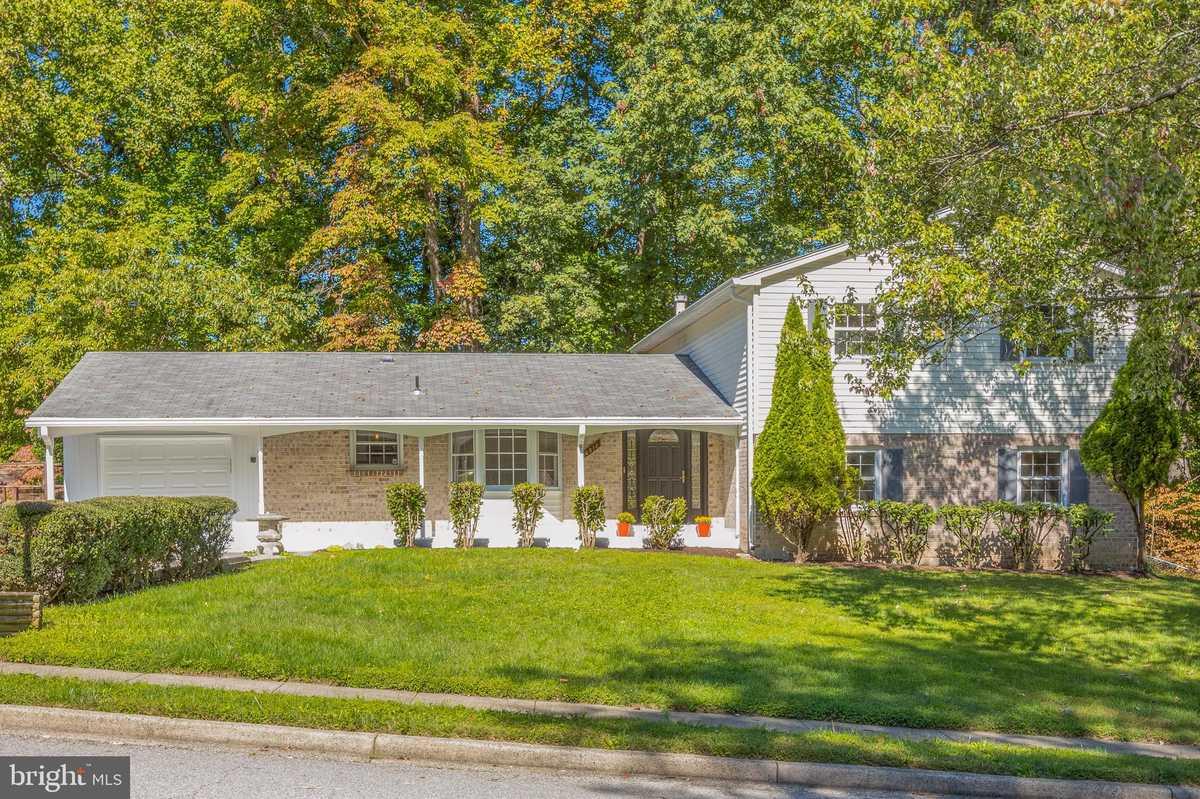 $735,000 - 5Br/3Ba -  for Sale in Orange Hunt Estates, Springfield