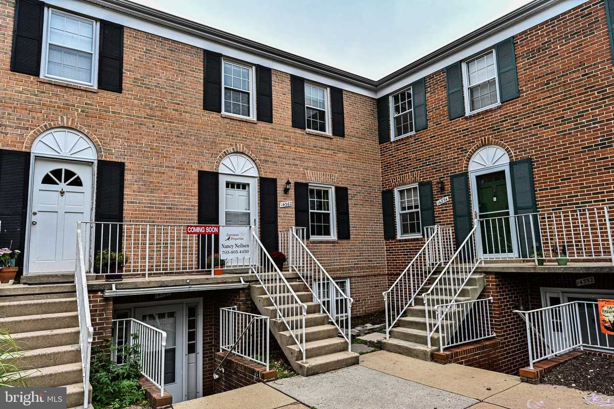 $289,000 - 3Br/2Ba -  for Sale in The Meadows, Centreville