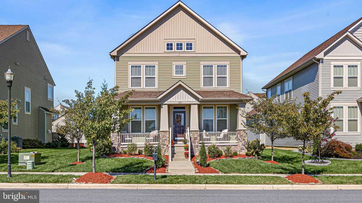 $524,900 - 5Br/4Ba -  for Sale in Village Of Bayberry, Middletown