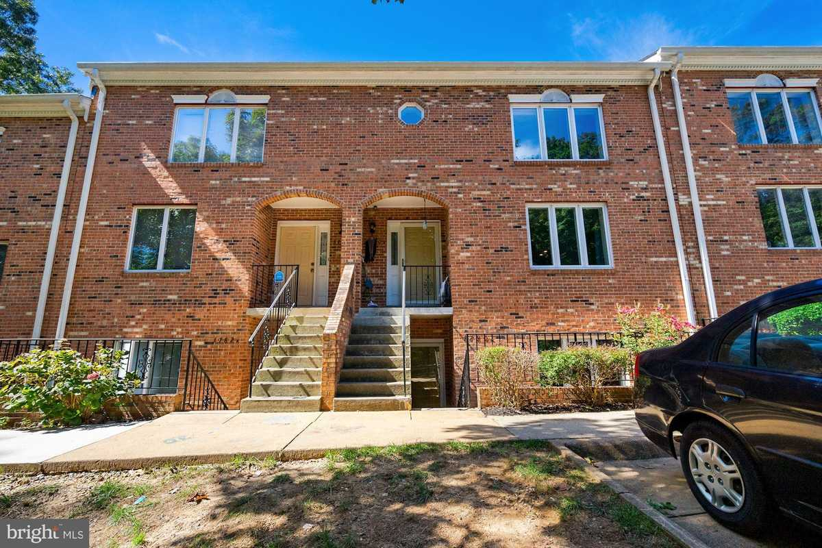 $404,900 - 2Br/3Ba -  for Sale in None Available, Falls Church
