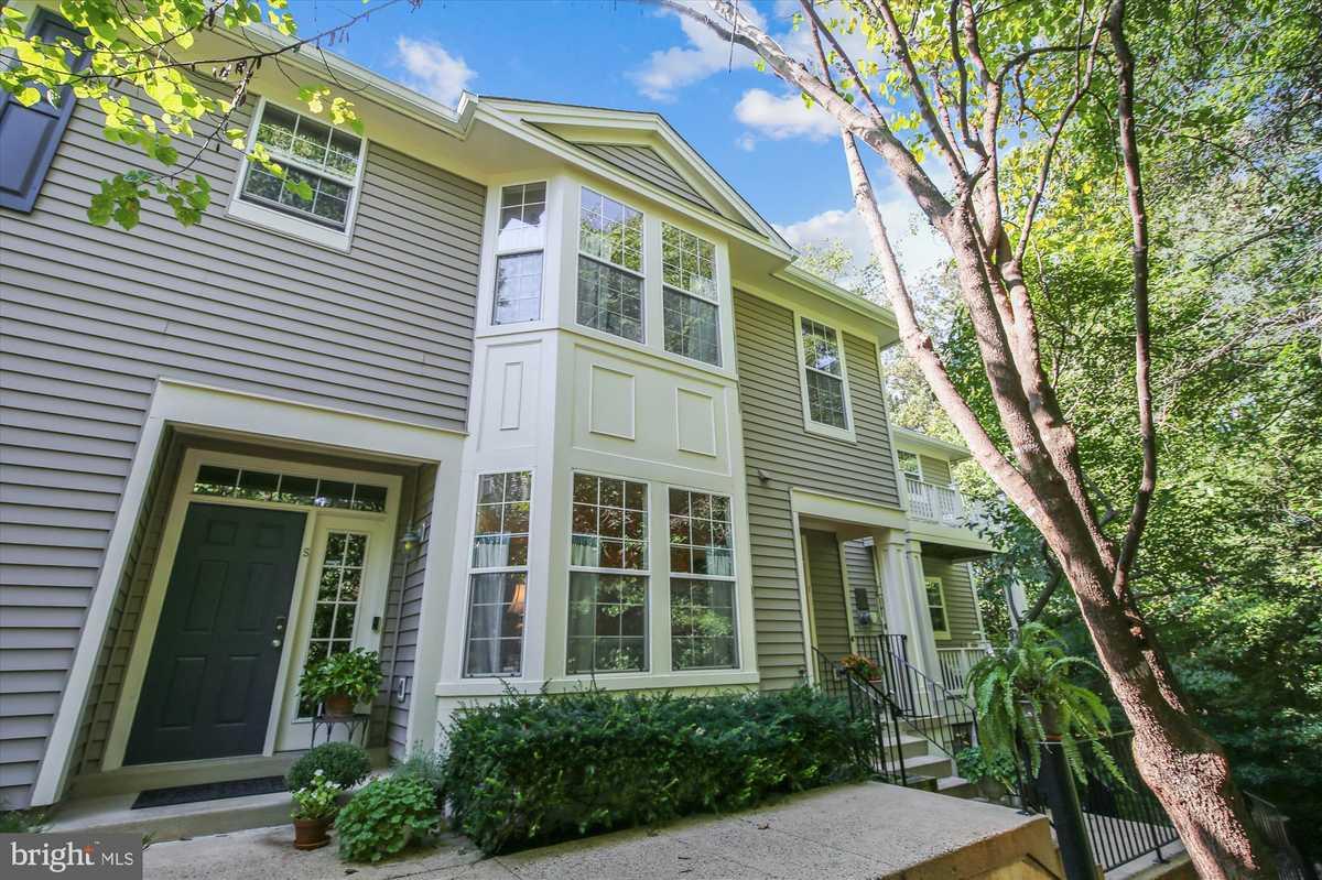 $425,000 - 2Br/3Ba -  for Sale in Sutton Ridge, Reston