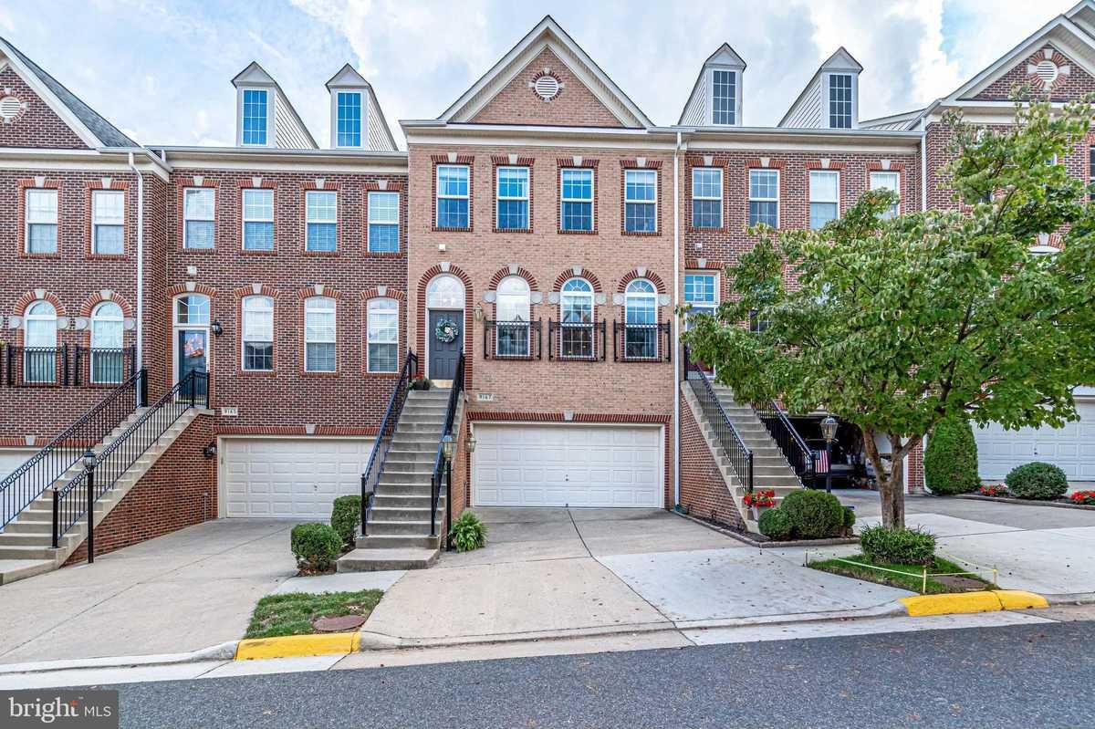 $629,000 - 3Br/4Ba -  for Sale in Laurel Highlands, Lorton
