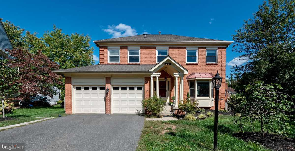 $800,000 - 4Br/6Ba -  for Sale in Armfield Farms, Chantilly