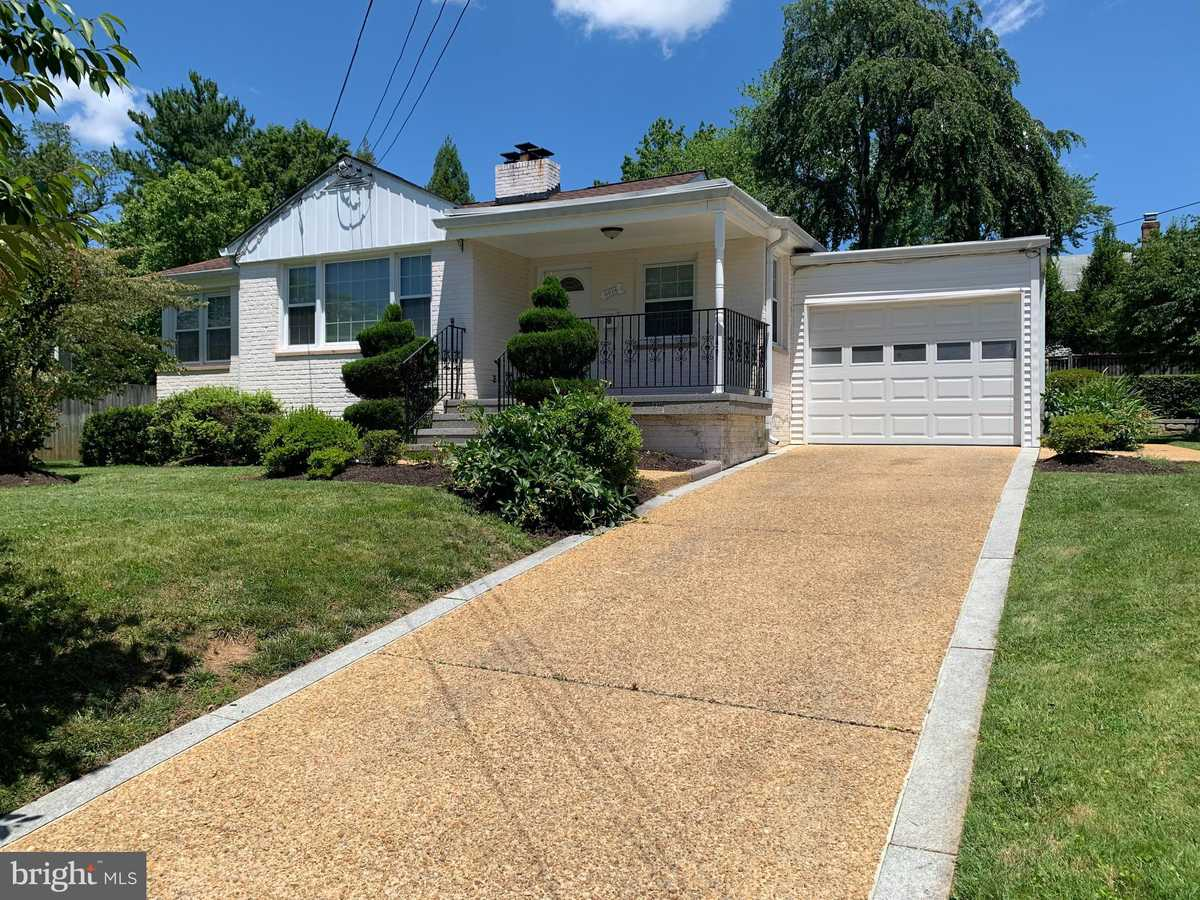 $3,500 - 5Br/2Ba -  for Sale in Chesterbrook Gardens, Mclean