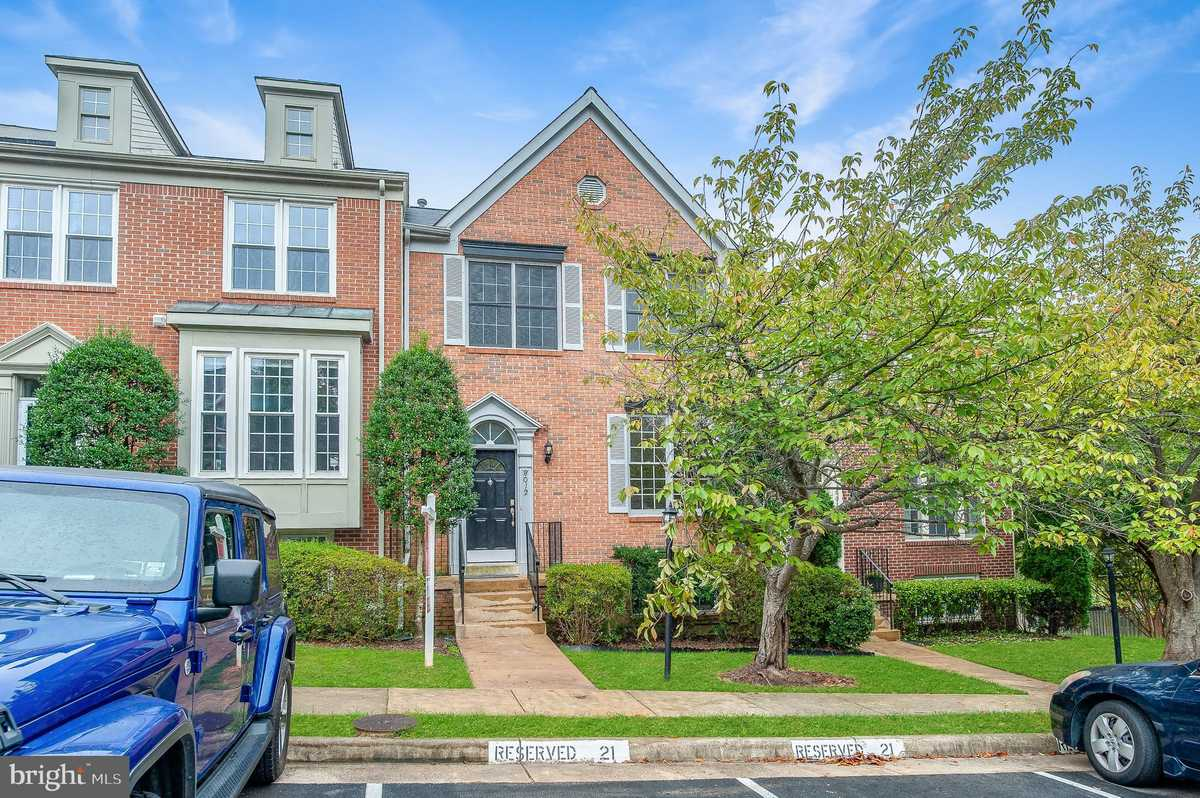 $574,950 - 4Br/4Ba -  for Sale in Milton Addn To Daventry, Springfield