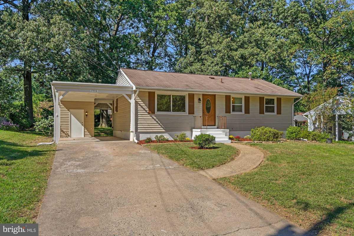 $599,500 - 4Br/3Ba -  for Sale in Brookland Estates, Alexandria