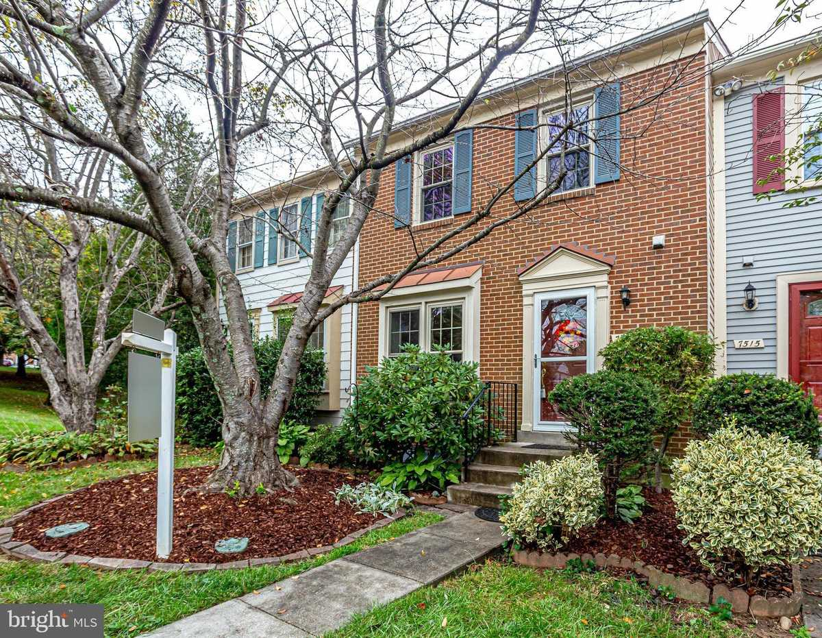 $492,500 - 3Br/3Ba -  for Sale in Hayfield View, Alexandria