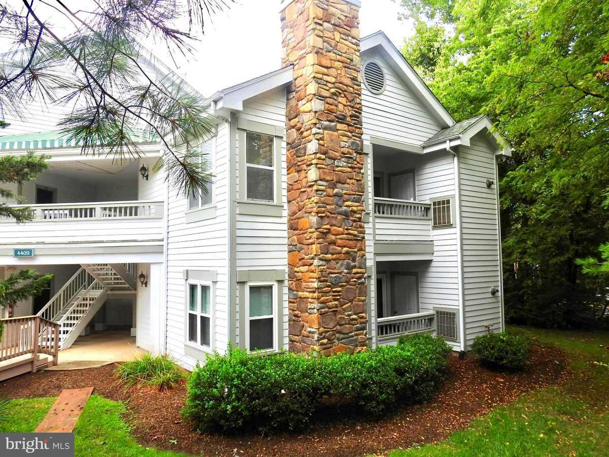 $238,000 - 1Br/1Ba -  for Sale in Stonecroft Condo, Fairfax