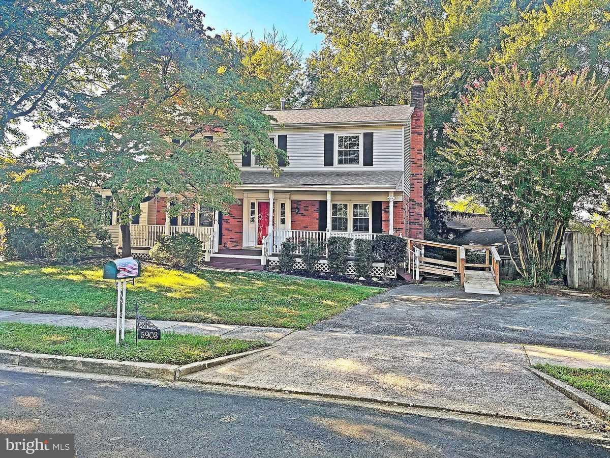 $685,000 - 6Br/4Ba -  for Sale in Hayfield Farm, Alexandria
