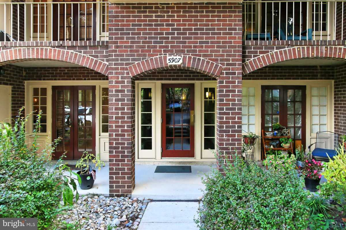 $275,000 - 2Br/1Ba -  for Sale in Cardinal Forest, Springfield