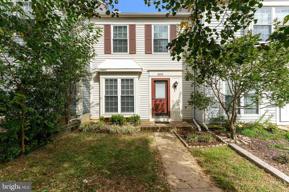 $419,900 - 2Br/2Ba -  for Sale in Landsdowne, Alexandria