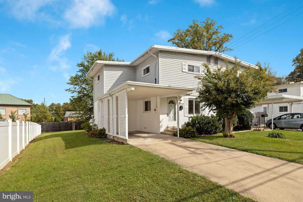 $405,000 - 3Br/2Ba -  for Sale in Ardmore, Fairfax