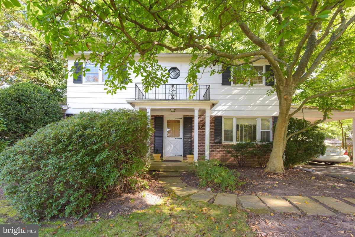 $499,000 - 4Br/3Ba -  for Sale in Orange Hunt Estates, Springfield