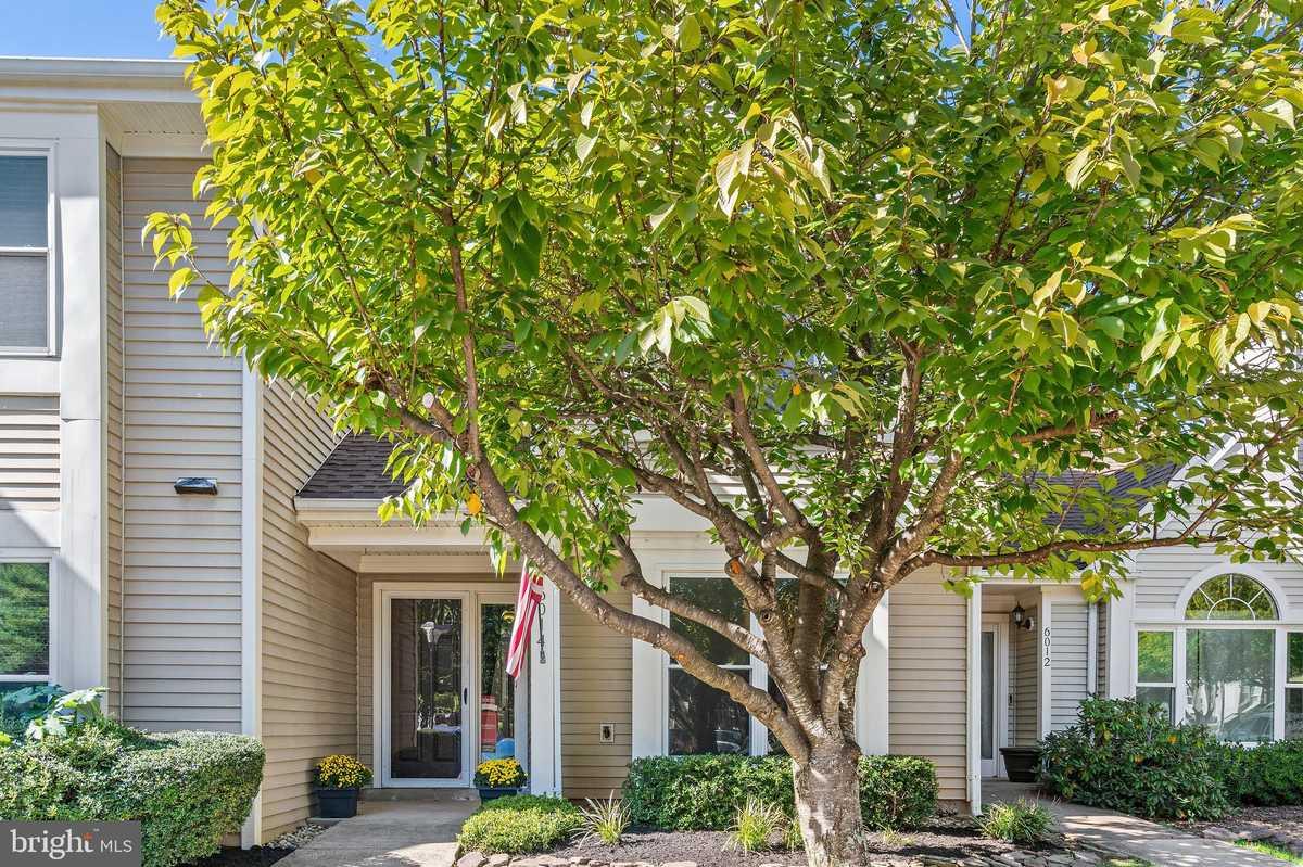 $375,000 - 2Br/2Ba -  for Sale in Woodgate Village, Centreville