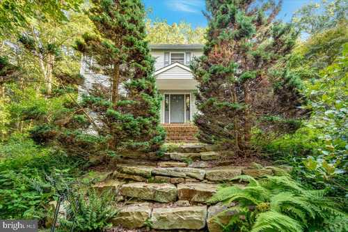 $550,000 - 5Br/3Ba -  for Sale in None Available, Pylesville
