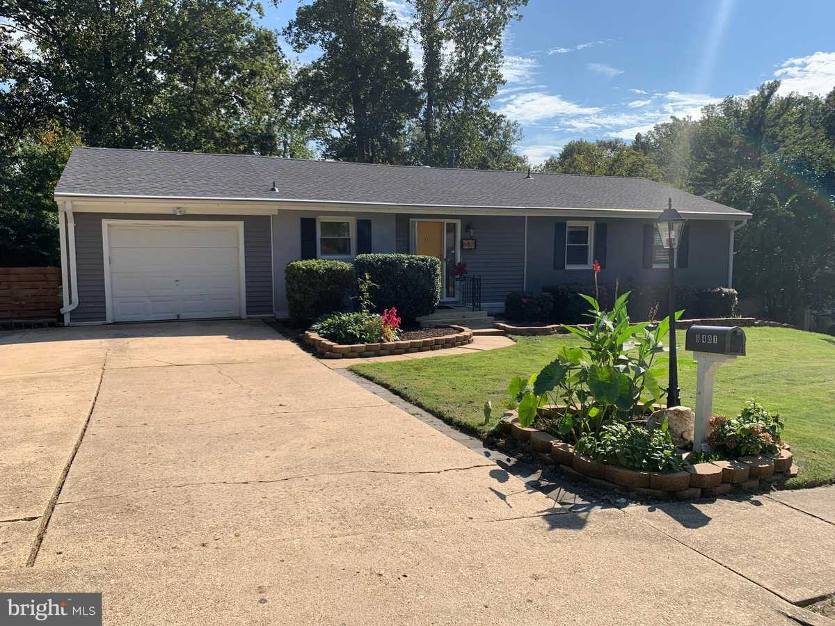 $649,900 - 5Br/3Ba -  for Sale in Rolling Valley, Springfield