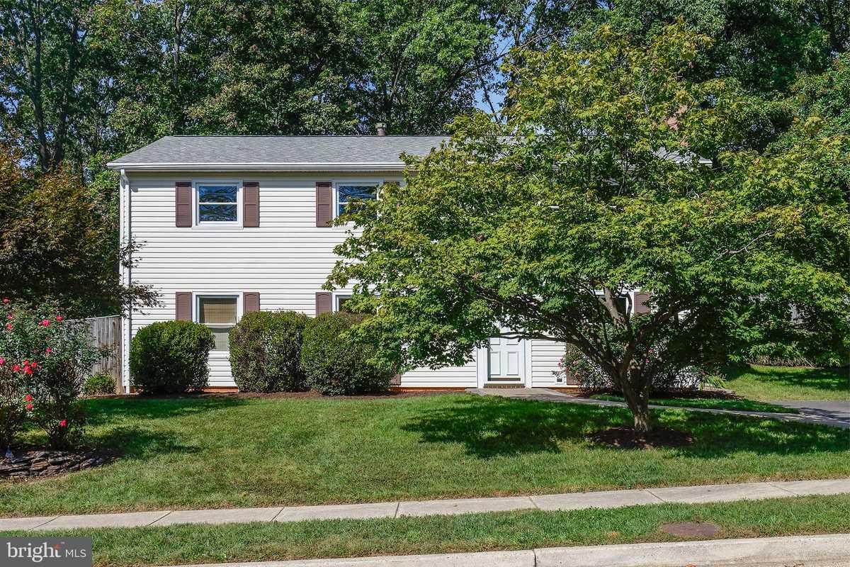 $630,000 - 4Br/2Ba -  for Sale in Old Creek Estates, Fairfax