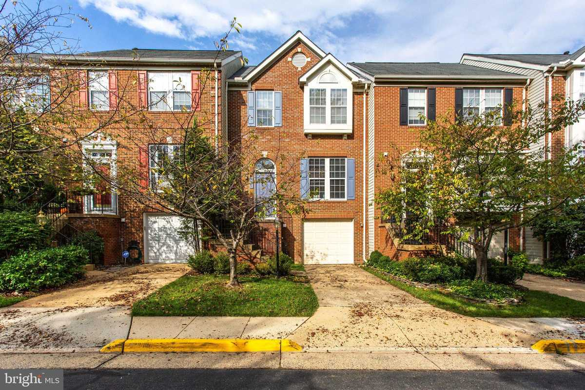 $3,200 - 3Br/3Ba -  for Sale in Madrillon Springs, Vienna