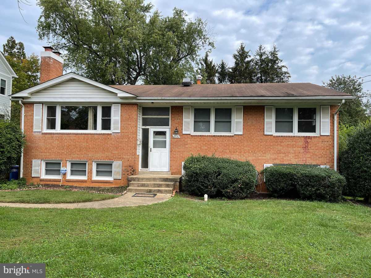 $3,975 - 5Br/3Ba -  for Sale in Broyhill Langley Estates, Mclean