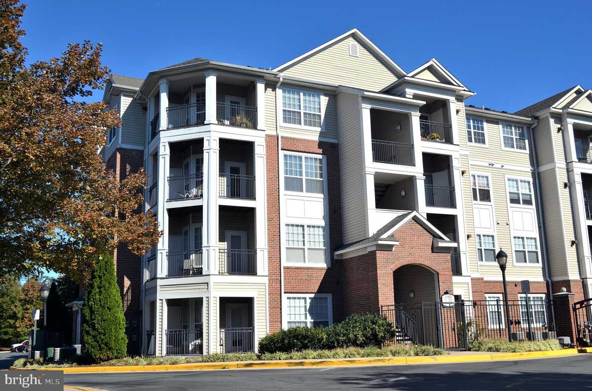 $1,600 - 1Br/1Ba -  for Sale in Bryson At Woodland Park, Herndon