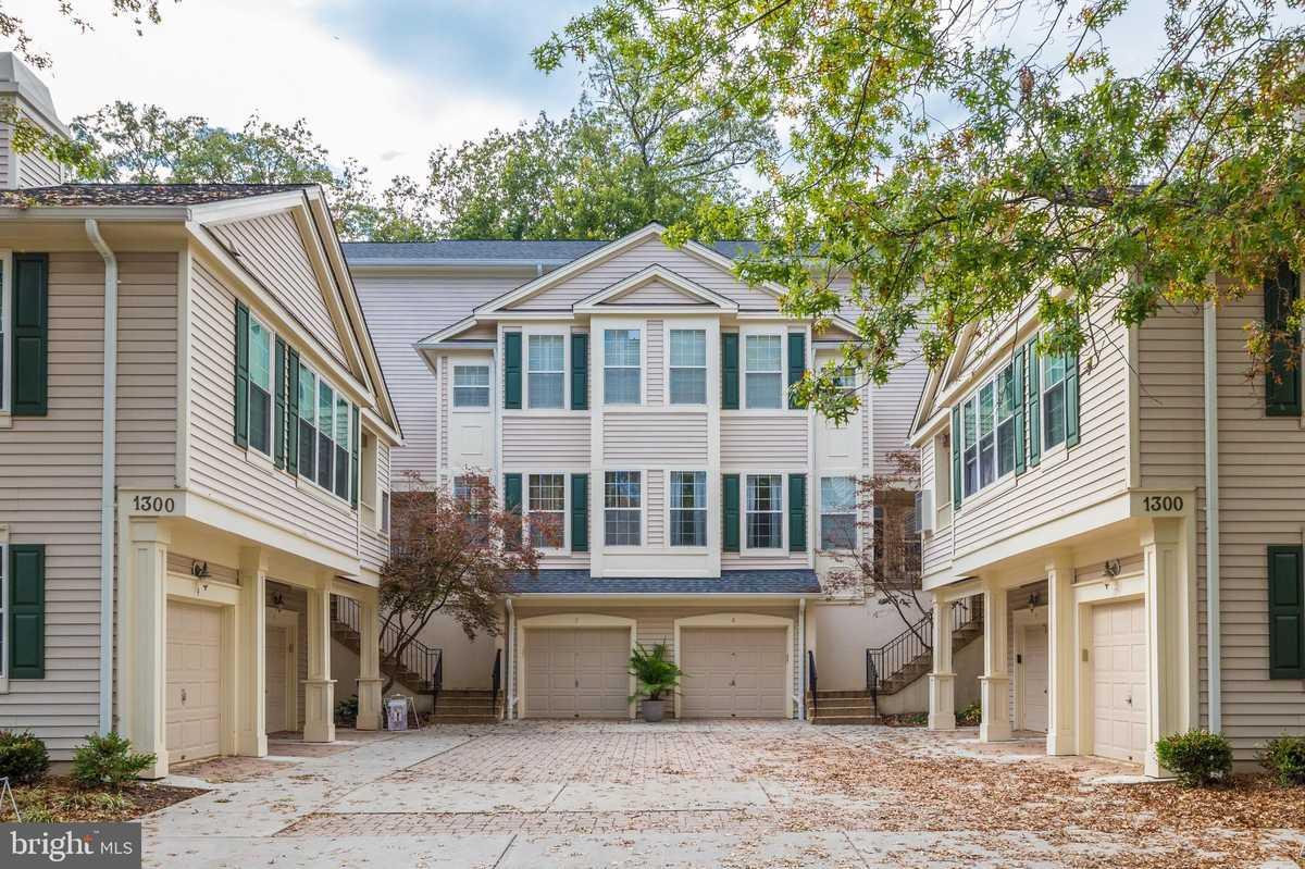 $474,990 - 2Br/2Ba -  for Sale in Sutton Ridge, Reston