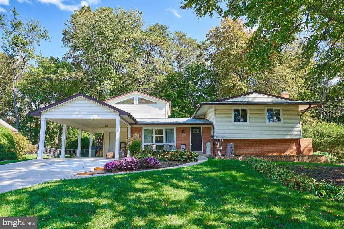 $725,000 - 4Br/3Ba -  for Sale in Fairfax Villa, Fairfax