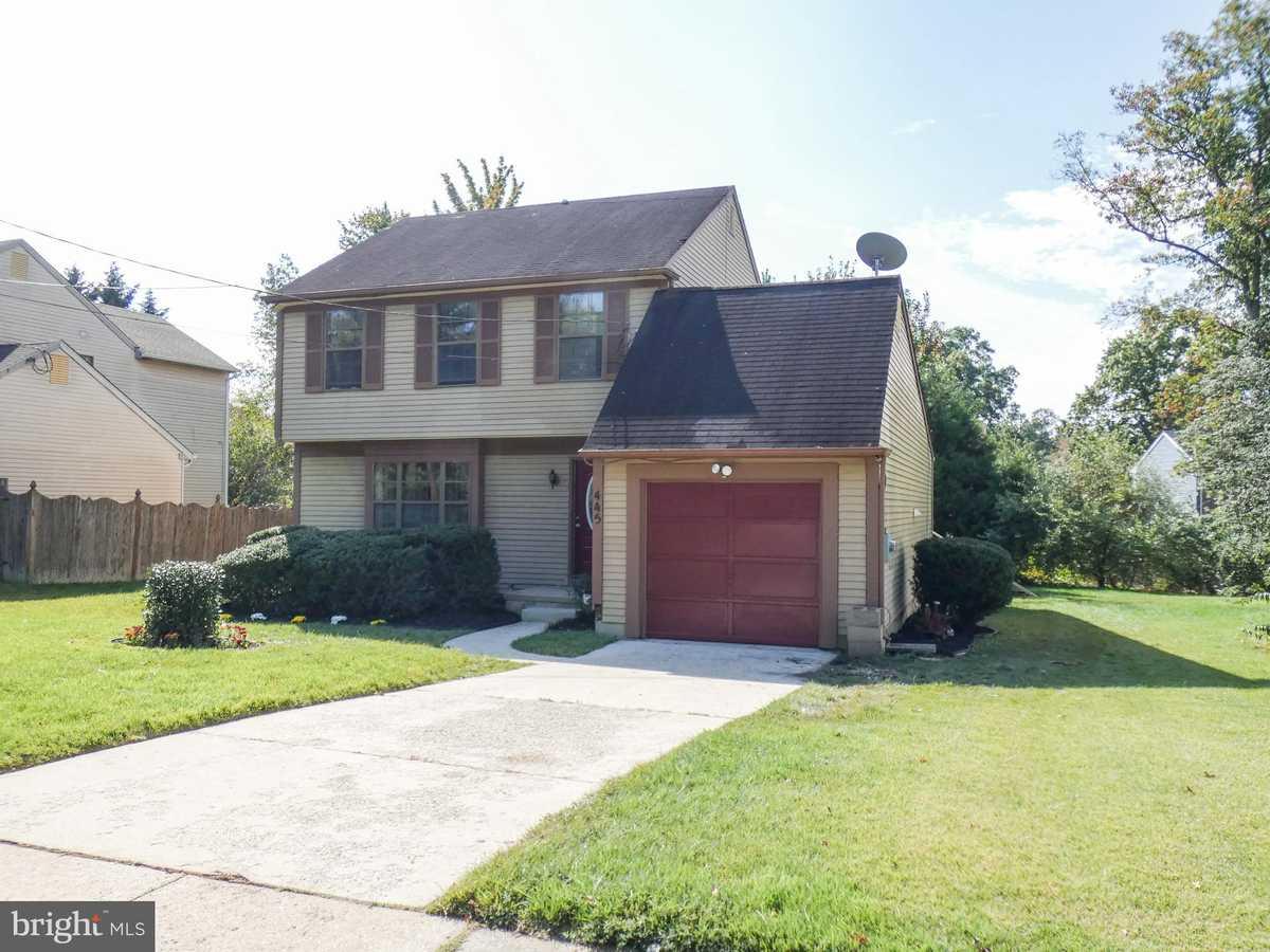 $249,000 - 3Br/3Ba -  for Sale in Oak Forest, Sicklerville
