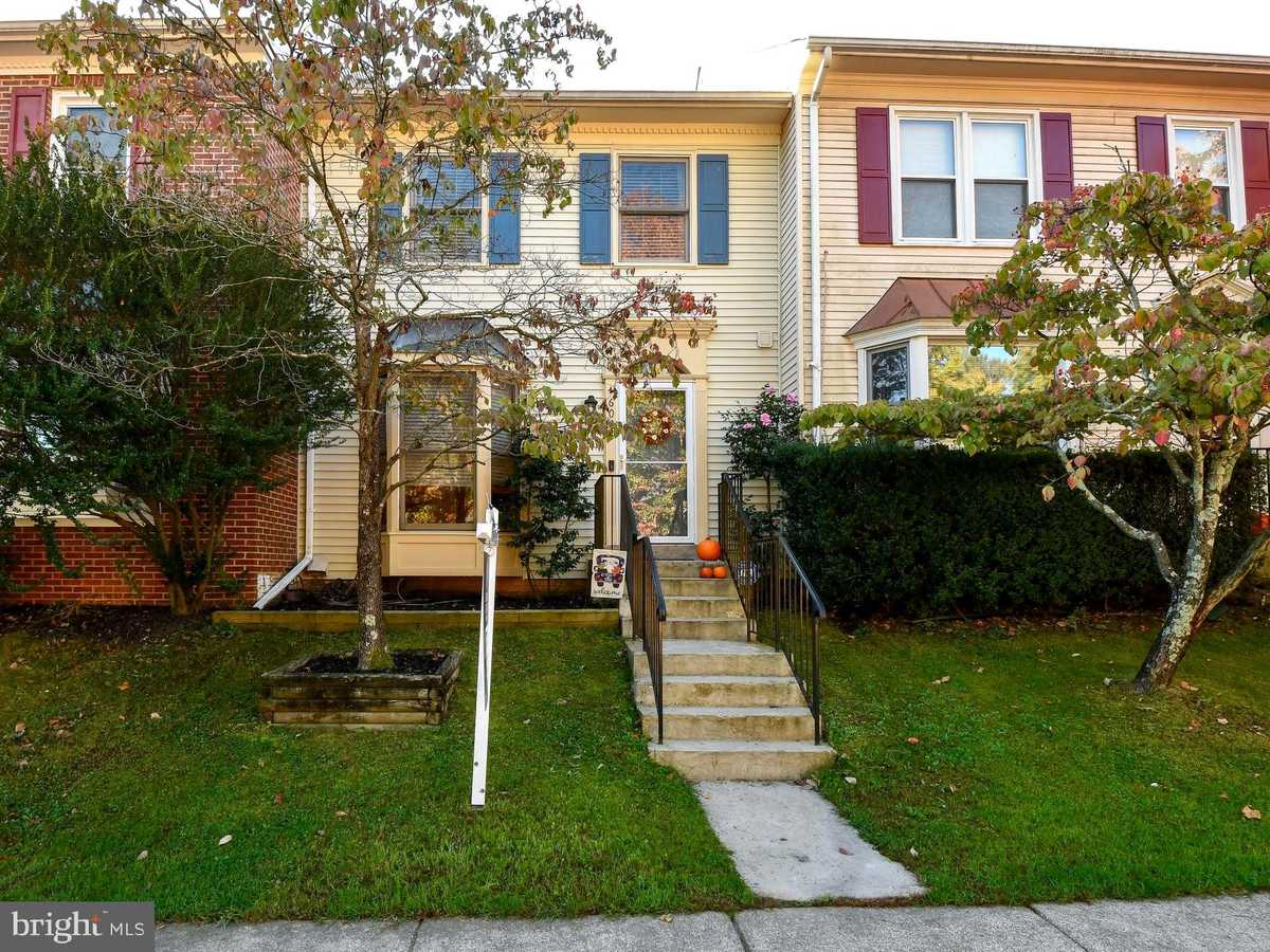$445,000 - 2Br/3Ba -  for Sale in Little Rocky Run, Centreville