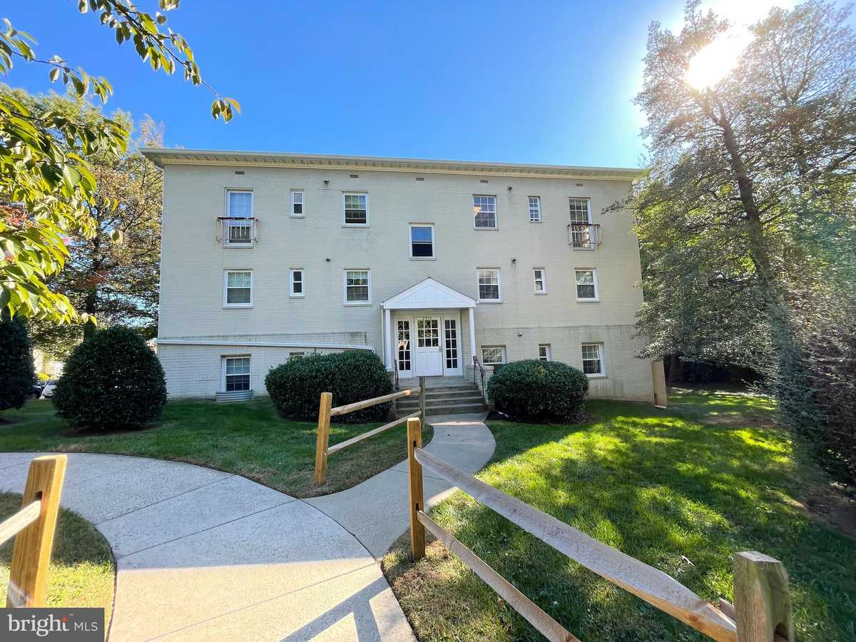 $229,500 - 2Br/1Ba -  for Sale in Villages At Falls Church, Falls Church