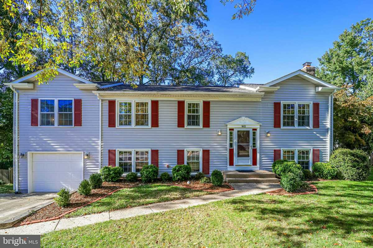 $699,900 - 5Br/3Ba -  for Sale in Signal Hill, Burke