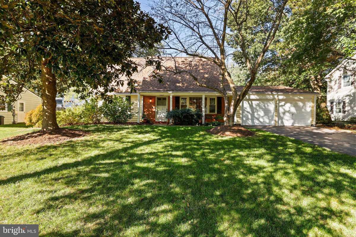 $699,990 - 4Br/2Ba -  for Sale in Greenbriar, Fairfax