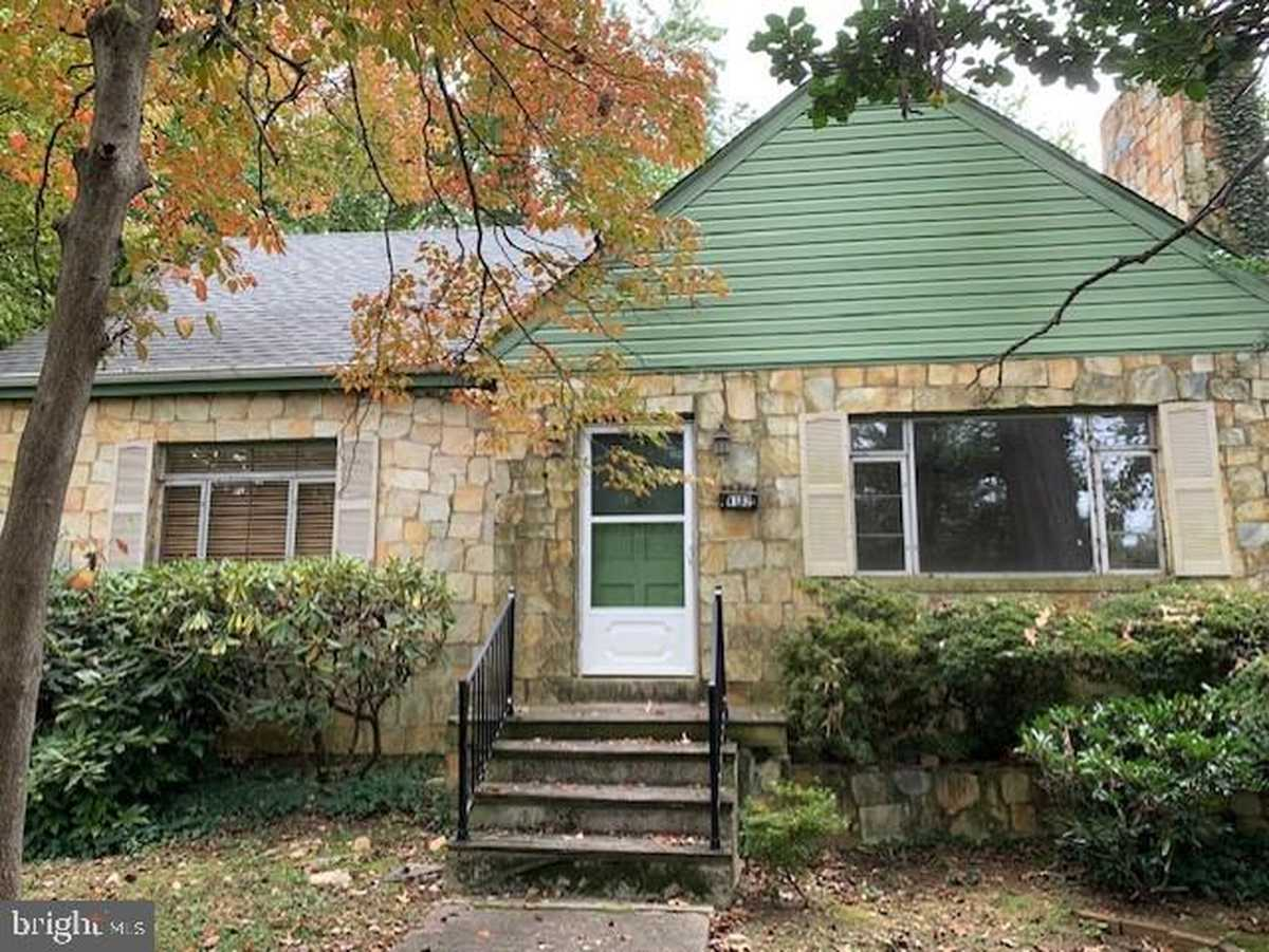 $479,000 - 2Br/2Ba -  for Sale in Chatelain Village, Annandale