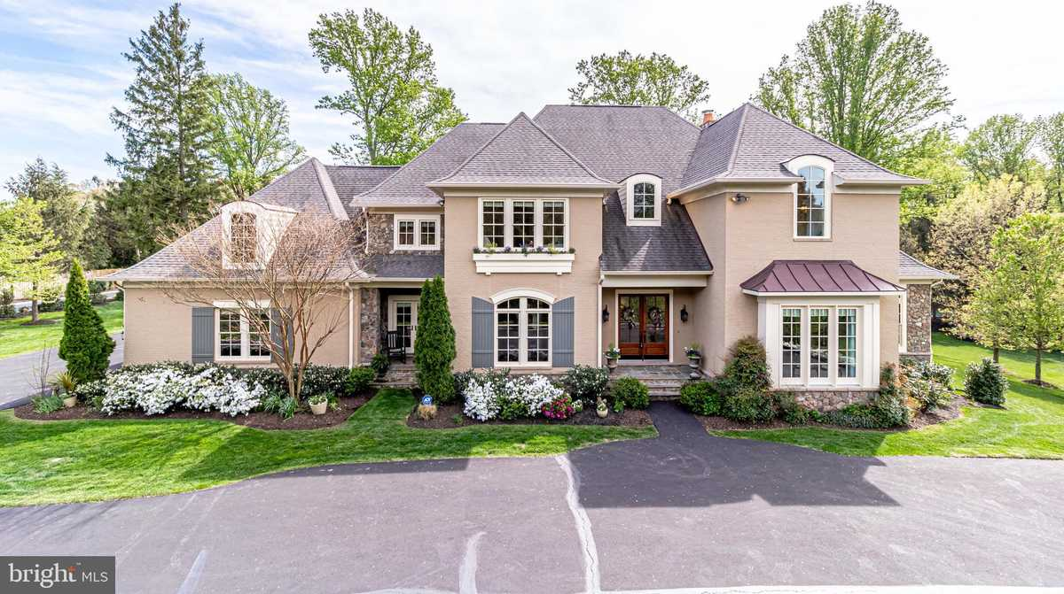 $2,275,000 - 6Br/8Ba -  for Sale in Edeline Mary A Prop, Oakton