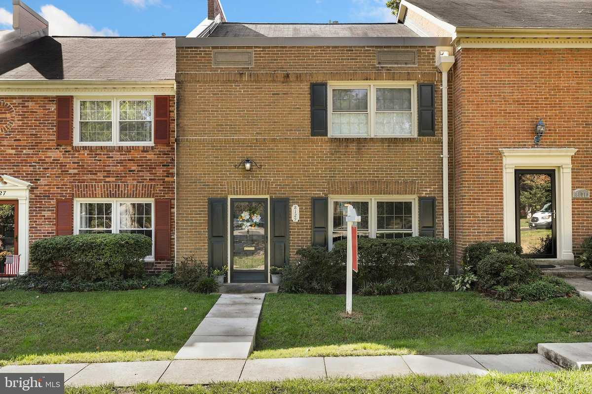 $475,000 - 3Br/3Ba -  for Sale in Charlestown, Springfield