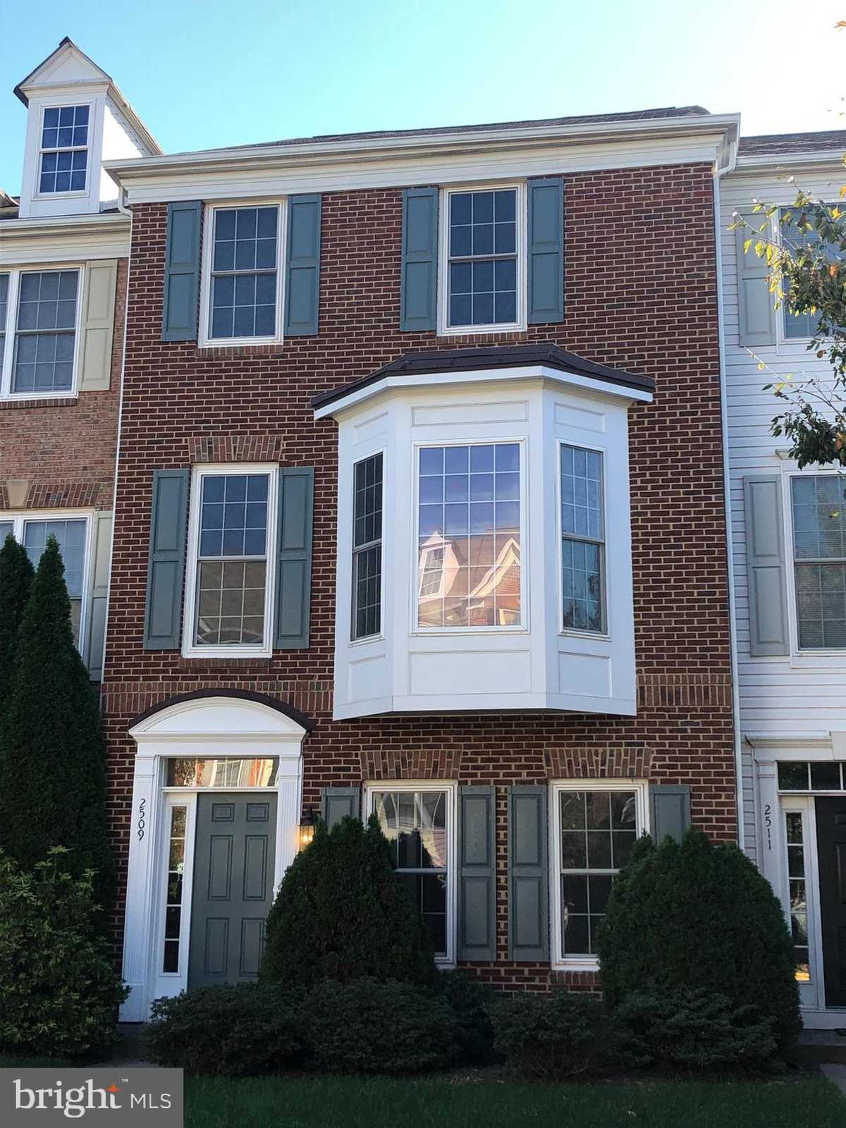 $2,450 - 3Br/4Ba -  for Sale in Coppermine Crossing, Herndon