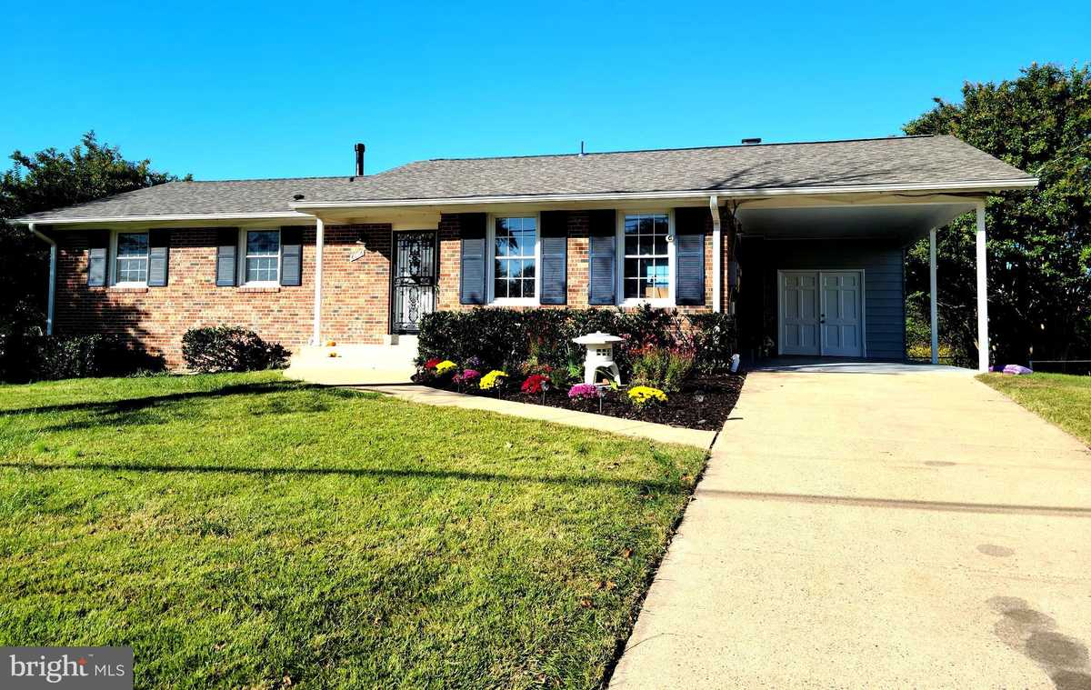 $649,990 - 4Br/3Ba -  for Sale in Monticello Woods, Springfield