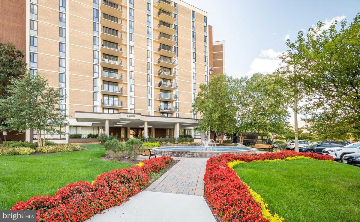 $448,500 - 2Br/2Ba -  for Sale in Mclean House North, Mclean